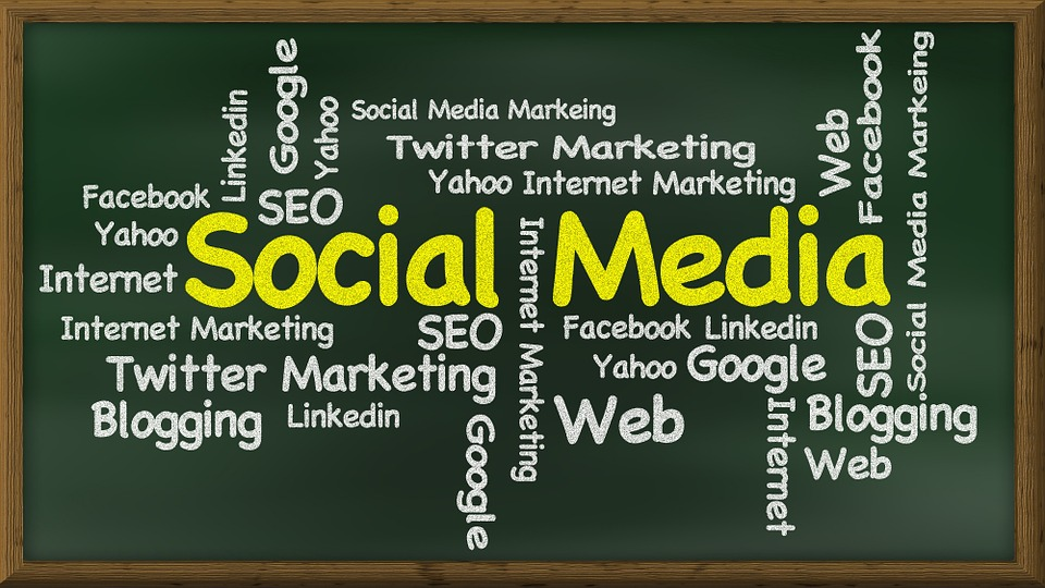 social-media-439155_960_720