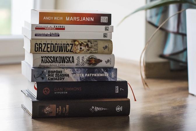 book-2555545_960_720